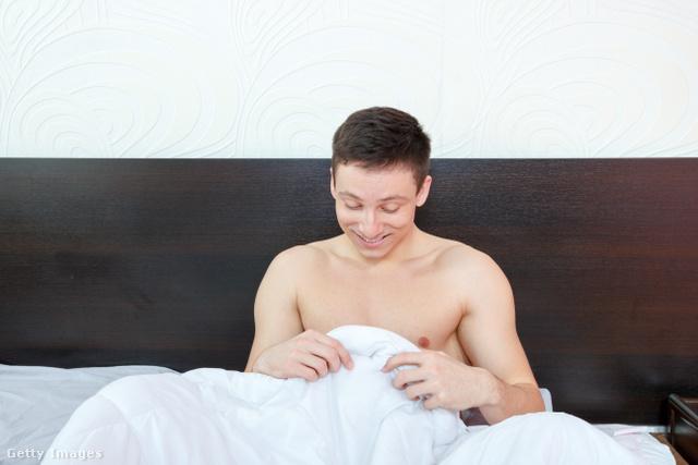 reggeli erekció nőknél felállítás a laktanyában