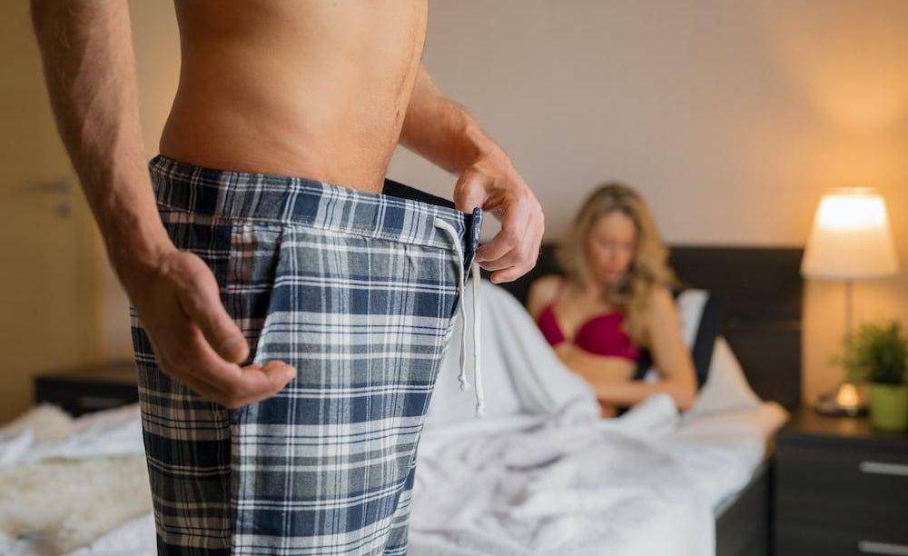 mert az erekció ronthatja a pénisz intim területei